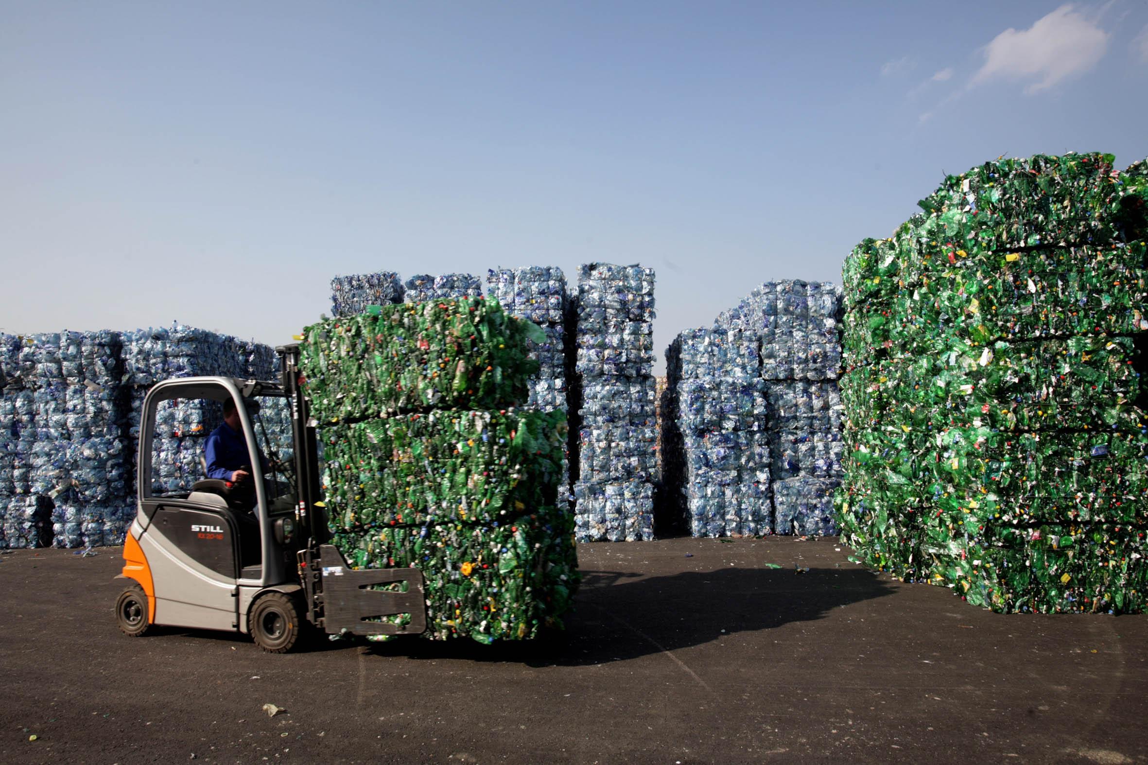 PET-Recycling PET-Ballen