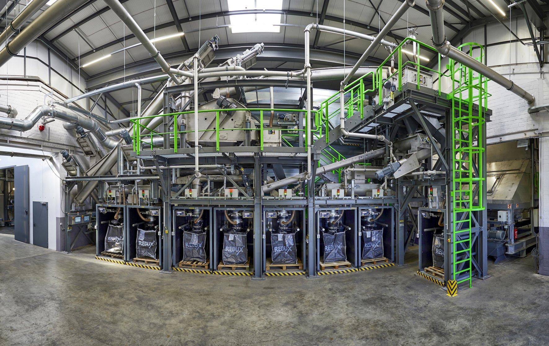 Lithium-Ionen-Recyclinganlage Bremerhaven (Foto: Saubermacher)