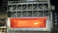 Aluminium-Briketts erzielen im Schmelzofen eine um bis zu 7 Prozent höhere Ausbeute als lose Späne. Bild: RUF