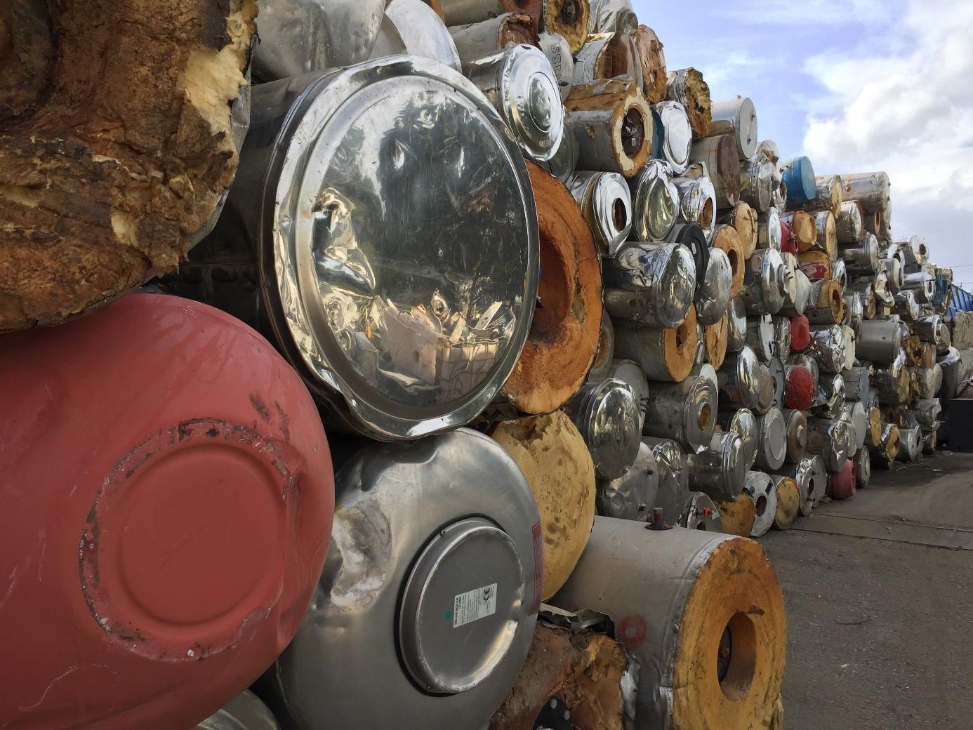 Getrennt gesammelte FCKW-haltige Boiler und Warmwasserspeicher Bild: RAL Gütegemeinschaft